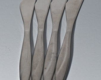 Set of 4 Reed and Barton butter spreader