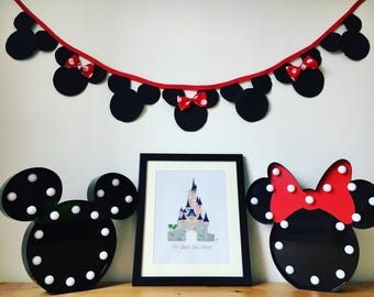 Classic Mickey and Minnie Mouse Bunting
