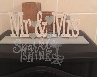 Wedding Stand Mr & Mrs, Personalised Wedding Stand, Personalised, Glitter, Wedding Stand, Wedding, Bride, Groom, Wedding Decoration