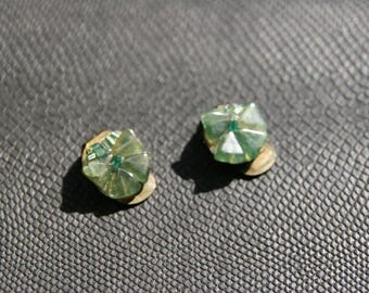 Vintage clear green clip on earrings