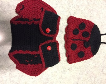Crochet Ladybug Hat and Diaper Cover Photo Prop / Made To Order