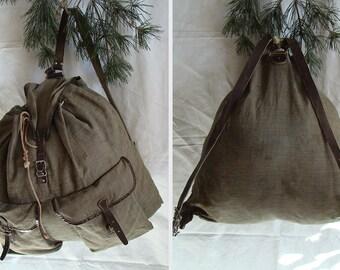 Vintage canvas rucksack // simple old school backpack
