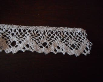Vintage White Embrodery style trim 20 yards