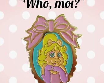 Kawaii Miss Piggy Who, moi? Cutie lapel enamel pin.