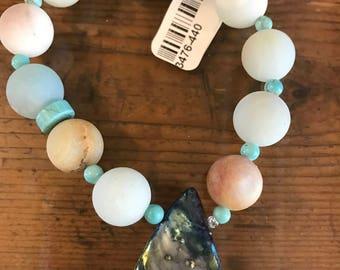 Amazonite, howlite and abalone shell stretch bracelet
