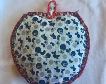 Apple Shaped Potholder ** homemade heat resistant