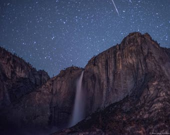 Yosemite Falls with shooting star