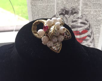 Betsey Johnson vintage hearts and pearls ring