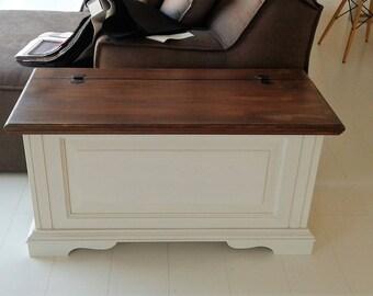 Artisan wood chest