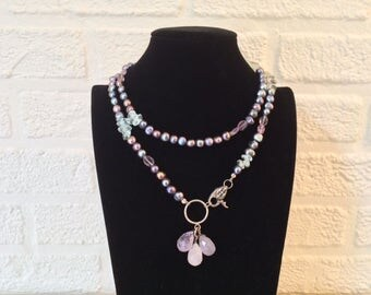 Collier oil sheen Freshwater Pearl with 3 fluorite drops