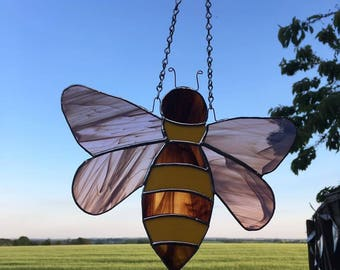 Bonny Bee Stained glass bee