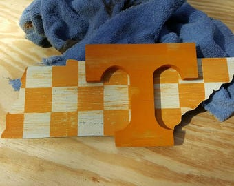 Wooden Tennessee sign