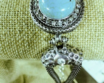 Turquoise & Crystal Braclet