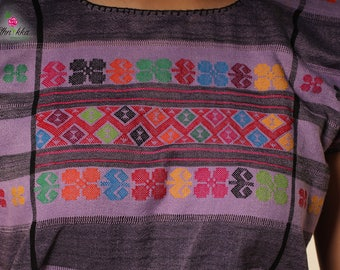 Handmade Mexican huipil / Mexican tunic made in Chiapas / boho Mexican blouse