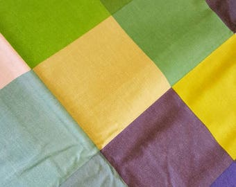 Green Pixelated Weighted Blanket - Various Weights - 130x200cm