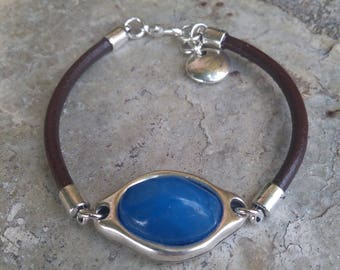 Bracelet brown leather and blue resin