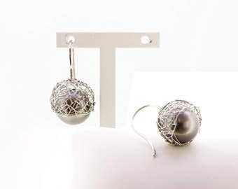 Earrings 950 platinum, Tahiti Pearl Grey. Earrings pearl earrings. Handcrafted in Germany