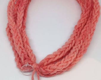 Necklace made of pure Virgin wool