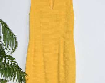 Dress Emmanuelle Khanh / / yellow / / light //Bon State / / VintageALaMaison / / gift for her / / Vintage / / luxury / / dress / / yellow / /.