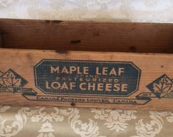 Vintage Maple Leaf Cheese Box Primitive Box Storage Crate Wood Box