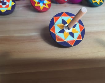 Colourful Spinning Top (Dark Blue)