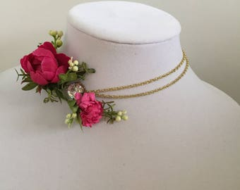 Choker necklace corsage keepsake: Cubic Zirconia, gold, hot pink