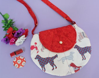 Dachshund and dogs on fabric red shoulder bag