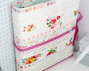 """Lea"" ring book sewn"