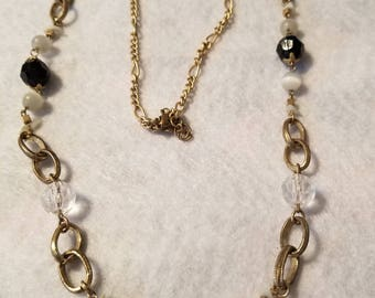 Chain, hoops and beads