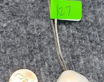 Cream Color Shell Necklace (127)