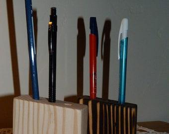 Door recycled wooden pens