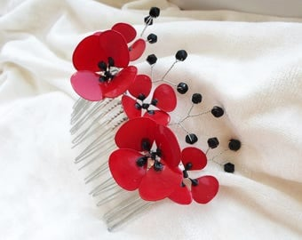Poppies Hair Comb, Flower Hair Comb, Red Hair Comb, Floral Hair Piece, Red beaded Hair Comb, Floral Hair Comb