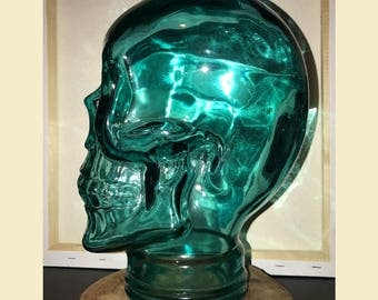 Recycled Glass Skull