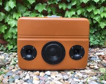 Vintage SkyKing suitcase speaker