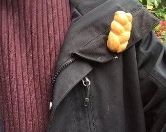 Challah pin #14