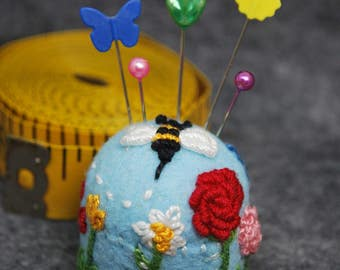 FREE SHIP Bee's Delight bottle cap pincushion made to order
