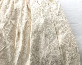 Ivory Flower Short skirt
