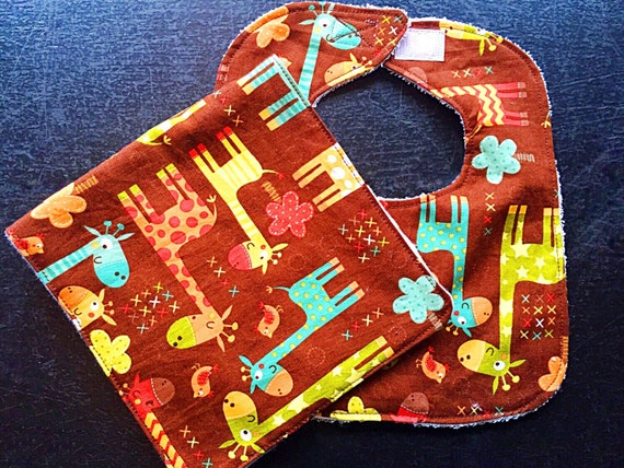 Giraffe Crossing Baby Bib and Burp Cloth Set, Baby Shower Gift, Baby Boy Infant Bib, Drool Bib