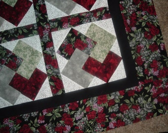 Card Trick Quilt Top to Finish Black Burgundy Red Floral 41 x 52 inches
