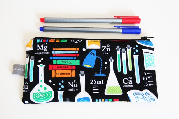 Pencil case - lab - laboratory - sciences - chemistry - chemical elements - black - science - colors - pencils -- Labo