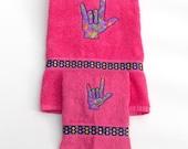 ASL Sign Language I Love You Hand Symbol Bath Towel Set - I Love You Bath Decor - Sign Language Towels - Pink Dorm Decor -  Pink & Purple -