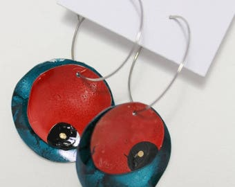 Red and Midnight Blue Disk Earrings AIE2