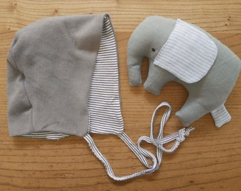 baby set: bonnet and elephant