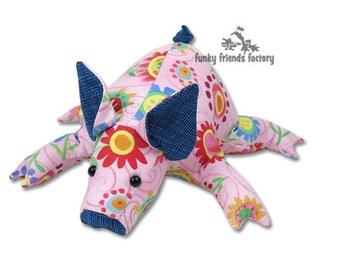 Petunia Piglet Soft Toy Pattern PDF INSTANT DOWNLOAD