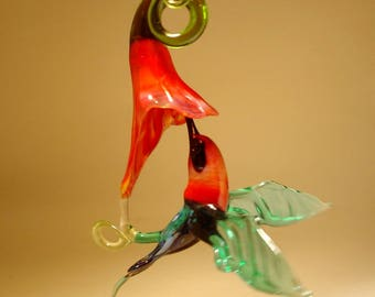 Blown Glass Figurine Bird Hanging Green and Blue HUMMINGBIRD and Red Flower Ornament