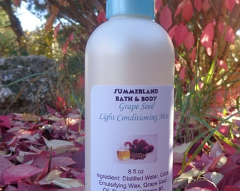 SALE 8 fl oz Grape Seed Vegan Light Conditioning Mist with oat protein and vitamin B5