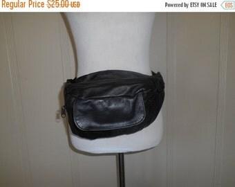 SALE Vintage 80s 90s black leather Fanny Pack Purse Belt Hip Bag