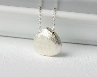 Silver Teardrop Necklace, Silver Pendant Necklace, Minimal Jewelry, Sterling Briolette Necklace, Jewelry Gift, Layering Necklace
