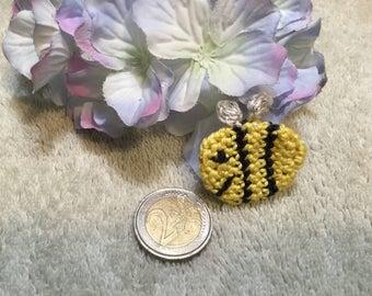 Bumble Bee - Handmade appliqué