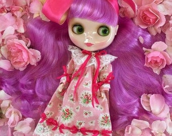 Blythe.. Pretty Pink Roses Nightgown for Blythe, Pullip and all other similar sized dolls.. Super Lovely.. Handmade and Ooak!!